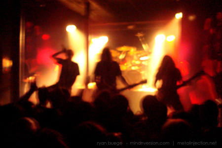 Meshuggah live at Station 4