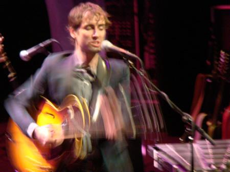 andrew-bird-left-guitar-blurry