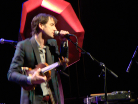 andrew-bird-left-red-horn