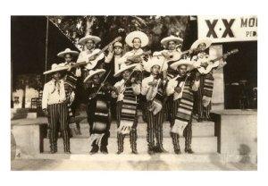 mariachi-band1